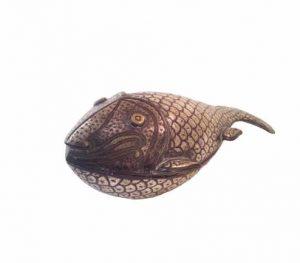 Boite régule en forme de poisson